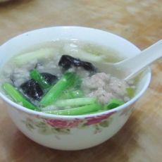 黑木耳肉末汤