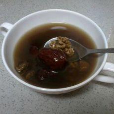 黑豆核桃大枣补气汤的做法