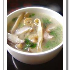 香菇沙虫汤
