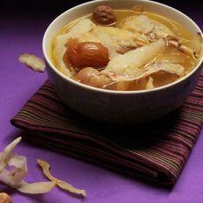 玉竹无花果鲜鸡汤的做法