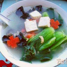 青菜木耳豆腐汤的做法