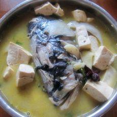 胖头鱼汤的做法