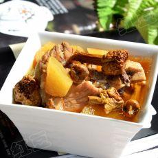 姬松茸山药大骨汤的做法