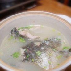鲤鱼汤的做法