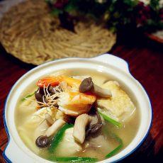 菌菇豆腐鲜虾汤