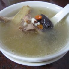 花胶红枣养颜汤