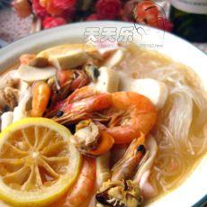 泰式海鲜粉丝汤