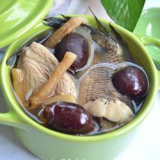 玉竹红枣生鱼汤的做法