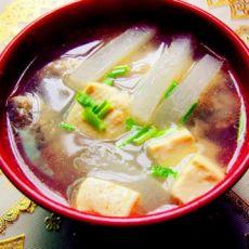 鲫鱼萝卜豆腐汤