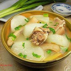 白萝卜炖山羊肉