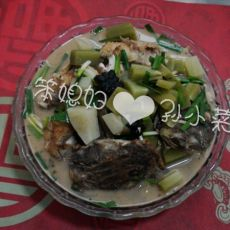 萝卜炖巴子鱼