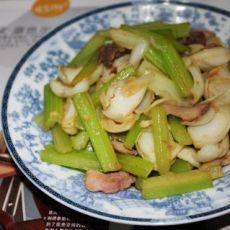 肉片炒芹菜百合
