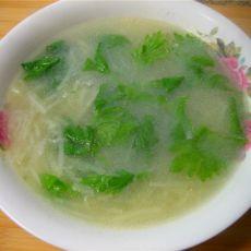 芹菜叶土豆汤