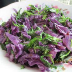 紫甘蓝炒芹菜叶