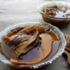 野生牛肝菌炖鸡汤