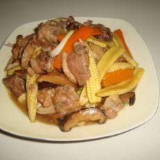 玉米笋烩鸭肉