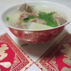 萝卜肉排汤