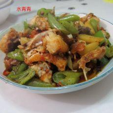 地瓜青椒煮鱼