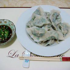 香菇云耳韭菜猪肉饺