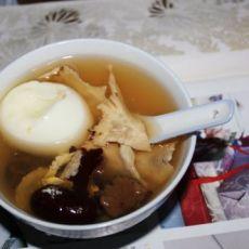 当归红枣蛋甜汤