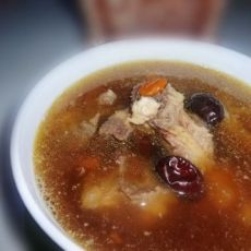 红枣枸杞龙骨汤的做法