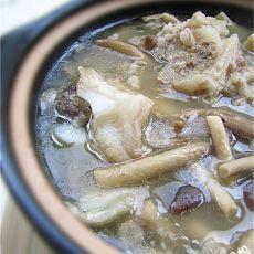 茶树菇牛骨煲