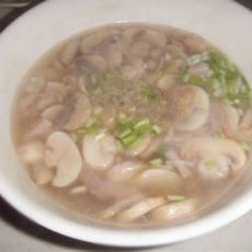 口蘑肉片汤