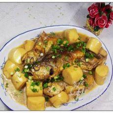 小黄鱼焖豆腐