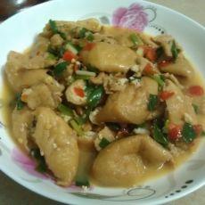 肉片焖油豆腐