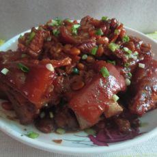 红焖猪脚黄豆的做法