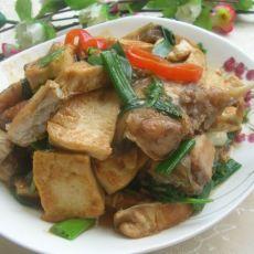 鱼腩焖豆腐
