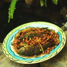 黄豆焖禾花鱼