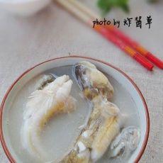 记住一步新手也能熬出浓白鱼汤:沙光鱼汤