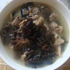 木耳鸽子汤的做法