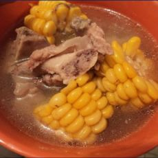 玉米筒子骨汤