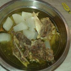 牛排萝卜汤的做法