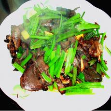 芹菜炒卤猪舌
