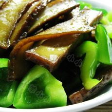 菜椒炒卤豆腐