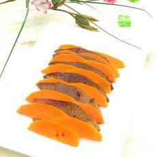 胡萝卜拌卤猪舌的做法