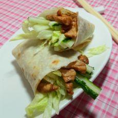 酱肉丝蔬菜卷饼