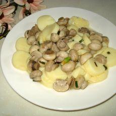 玉子豆腐烩蘑菇