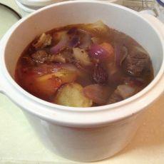 土豆洋葱烩牛肉