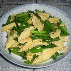 腐竹炒蒜苗