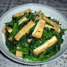 炸豆腐炒菠菜