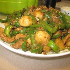 青椒肉丝炒鱼丸的做法