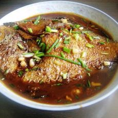 红烧大鲳鱼