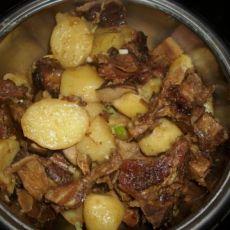 腊排骨红烧土豆