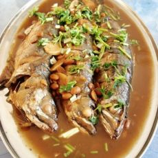酱烧青鱼的做法