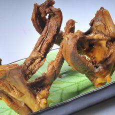 酱烧鸭锁骨的做法