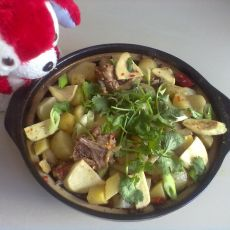香辣土豆排骨煲